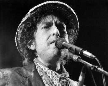 Bob Dylan cumple años en la cresta de la ola