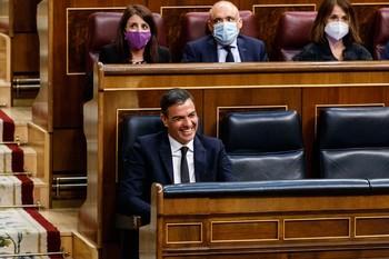 """Sánchez reclama """"decir no al veneno del odio"""""""