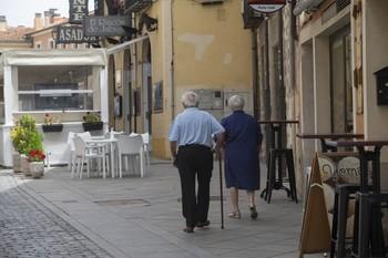 Las pensiones siguen a la baja, aunque a menor ritmo