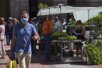 PP exige al alcalde que no maltrate al mercado del viernes