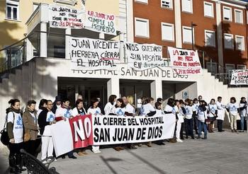 El hospital San Juan de Dios, seis décadas de altibajos