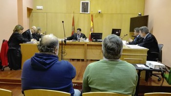 Fiscal y defensa piden la absolución y la acusación, cárcel