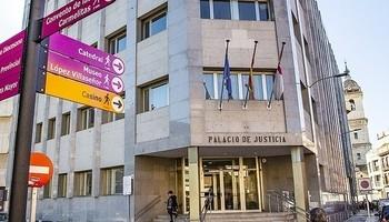 Juzgan al acusado de arrollar a un repartidor en Tomelloso