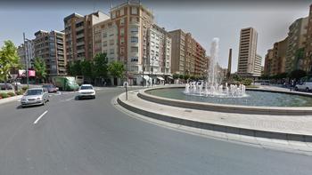 La colisión ha ocurrido en la intersección de Vara de Rey y Jorge Vigón, en pleno centro de Logroño.
