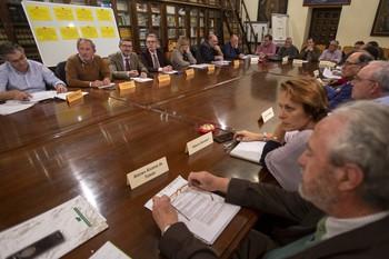 El director general de Patrimonio Natural y Política Forestal, José Ángel Arranz, asiste a la presentación de las conclusiones de la Plataforma de la Comisión Europea sobre el lobo en Ávila.