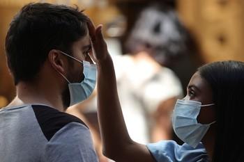 Aumentan los contagios en Cataluña, Andalucía y País Vasco