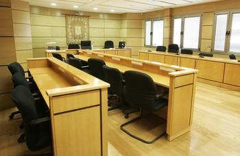 Más de 1.400 'jueces' sin toga en casi 130 juicios