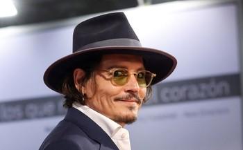 Johnny Depp apadrinó en San Sebastián un documental sobre el líder de Pogues, con quien le une una profunda amistad.