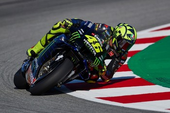 Rossi y Petronas confirman que estarán juntos al menos un año