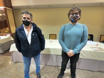 David Amores (a la derecha), con el presidente saliente, Luis Reguillo.