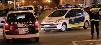 Detenida una mujer tras agredir a un policía local