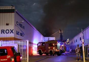 Incendio en una nave de la calle Francia