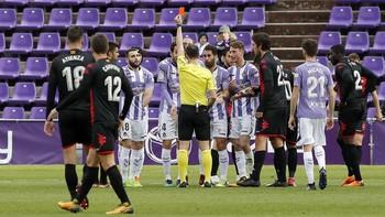 Imagen de la última tarjeta roja que ha visto el Real Valladolid.