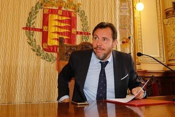 Puente apoya la idea de una unión entre España y Portugal