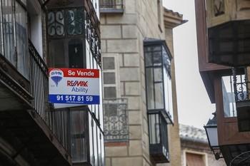 La compraventa de pisos cae un 0,8% en enero respecto a 2019