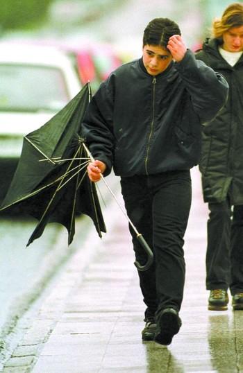Las lluvias de este miércoles registran 8 incidencias graves