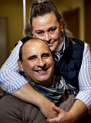 Óscar Medel y su mujer, Lorena Rodríguez.