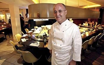Kirei by Kabuki, del cocinero Ricardo Sanz, ofrece servicio a domicilio en Madrid.