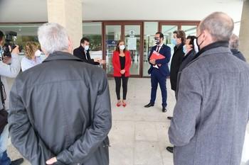 Mañueco tiende la mano a los alcaldes de Soria