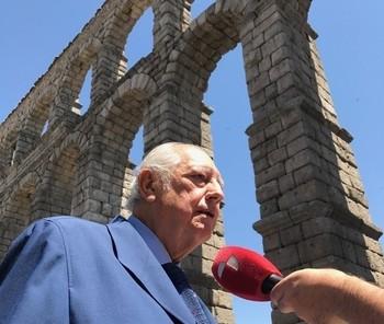 Ramón Escobar.