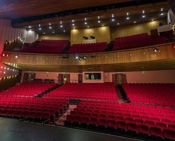 Interior del teatro Quijano.