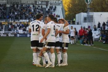 Exhibición de Valcarce para otorgar el triunfo al Burgos CF