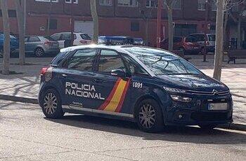Patrulla de la Policía Nacional en Valladolid.