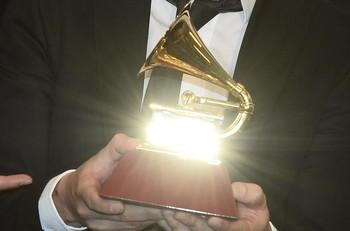 Las candidaturas para estos reconocimientos se dieron a conocer el pasado noviembre y situaron a Beyoncé como favorita con nueve nominaciones seguida de Dua Lipa, Taylor Swift y Roddy Ricch con seis menciones por cabeza