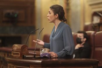 La abstención de PSOE frena la ley trans