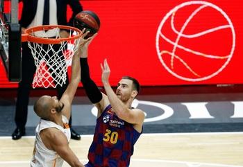 Víctor Claver no seguirá en el Barça