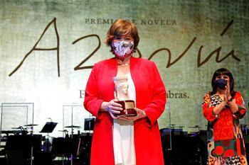 Nativel Preciado gana el Azorín de Novela