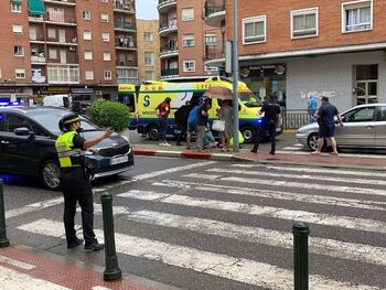Herido leve de 73 años en un atropello en avenida de Pío XII