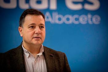El PP denuncia el abandono de Casañ a hosteleros y comercios