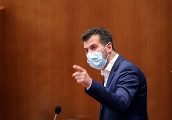 Mañueco y Tudanca se lanzan reproches sobre el pacto