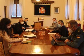 Imagen de la reunión realizada en la Subdelegación del Gobierno.