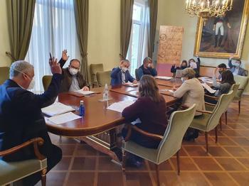 Diputación aprueba cinco proyectos de arreglo de carreteras