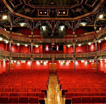 Cornejo competirá con otras empresas en el Teatro Zorrilla
