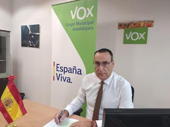 Vox preguntará a Alberto Rojo si su equipo se ha vacunado