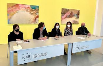 Leiko Ikemura, Carmen F. Sigler y Julián Valle, en el CAB