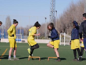 Varias jugadoras del FF La Solana, en un entrenamiento.