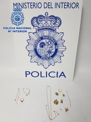 Objetos recuperados por la Policía Nacional.