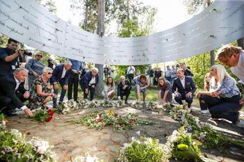 Noruega recuerda la matanza de Utoya