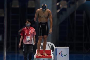 Óscar Salguero, plata en los 100 metros braza SB8