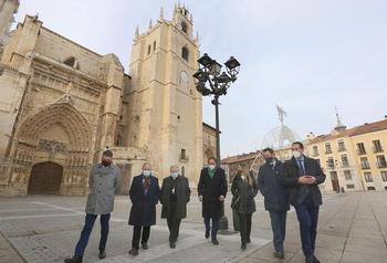 Burgos y Palencia unen lazos por el centenario de sus seos