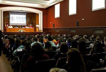 La Junta autoriza seis grados y másteres en Ávila