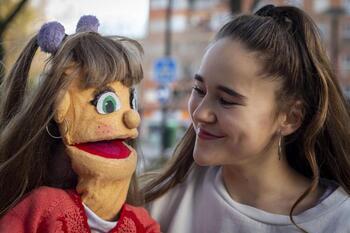 Pilar y su inseparable Pili Piloncha traen 'Viva el verano'