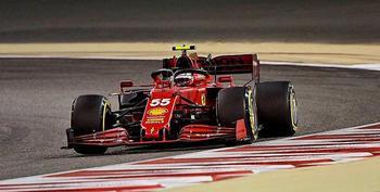 Carlos Sainz, de Ferrari, durante su participación en la segunda prueba catarí.