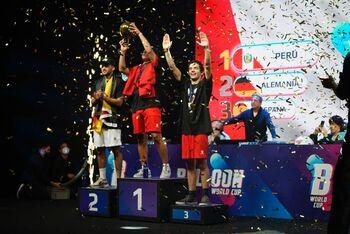 Perú gana el primer Mundial de Globos de la historia