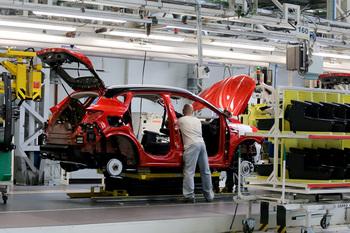 Renault trasladará a 440 empleados de Palencia a Valladolid