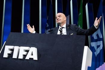 La FIFA rechaza la Superliga europea por separatista y cerrada